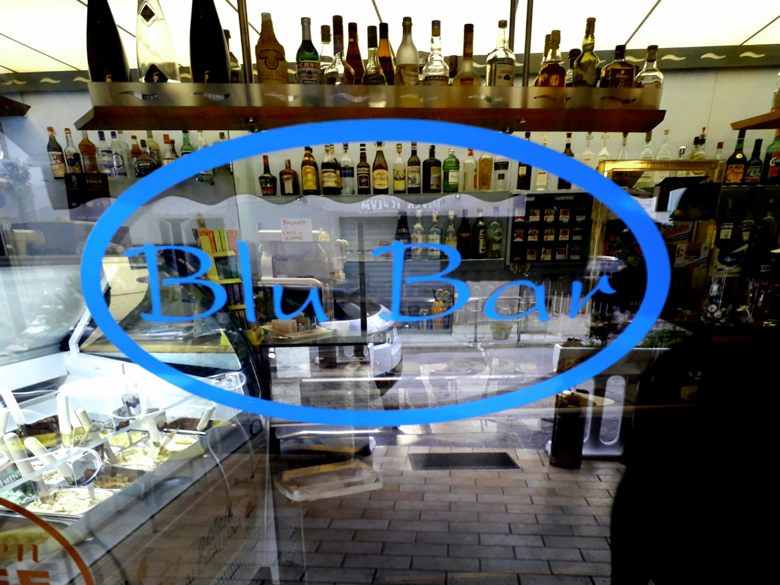 Blu Bar di Quattrini Anna & C. Snc